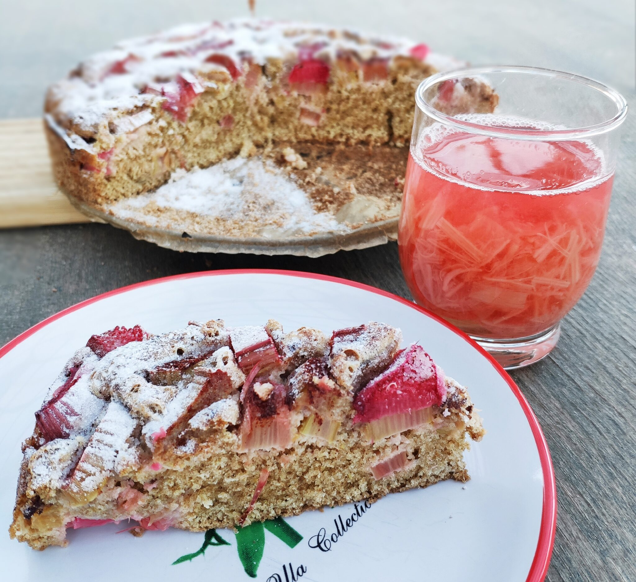 Pełnoziarniste ciasto z rabarbarem + kompot z rabarbaru